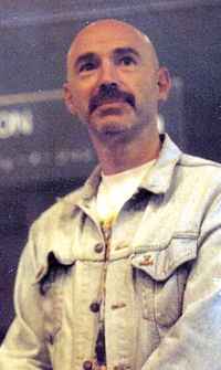 200px-Tony_Levin_in_Caracas_1993
